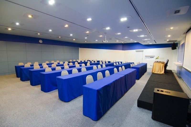 The connection Seminar center